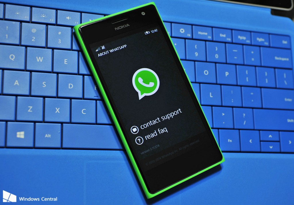 WhatsApp on Lumia 730